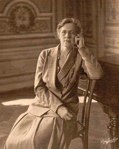 400px-Nadia_Boulanger_1925