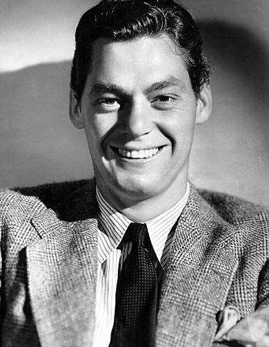 390px-Johny_Weissmuller-publicity