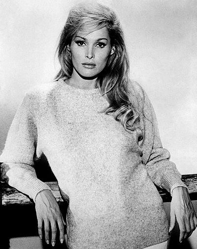 400px-Ursula_Andress_1960s