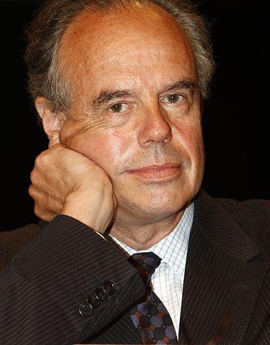 390px-Fr%C3%A9d%C3%A9ric_Mitterrand_2008