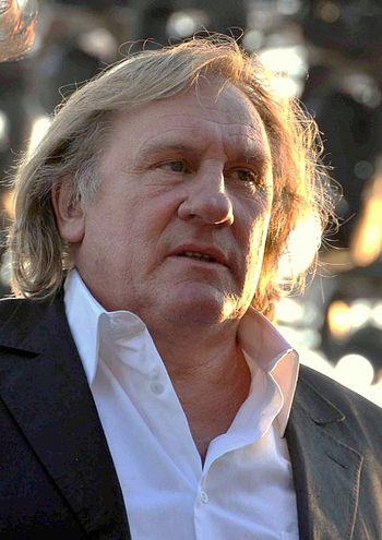 350px-G%C3%A9rard_Depardieu_Cannes_2010