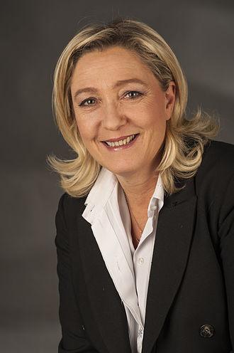 330px-Le_Pen%2C_Marine-9586