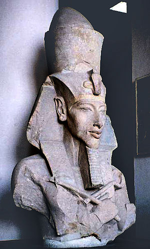 300px-Pharaoh_Akhenaten