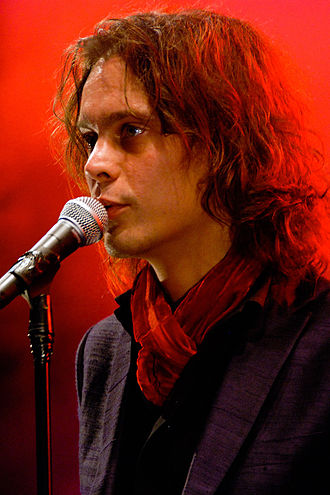 330px-Ville_Valo_performing