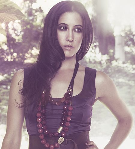 450px-Vanessa_Carlton_promo_photo