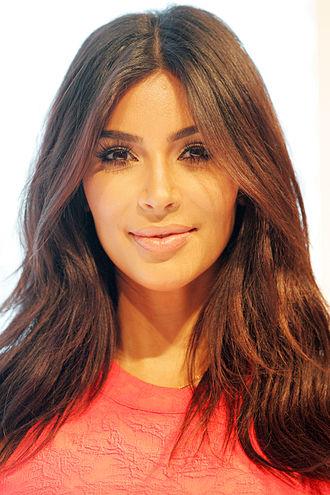 330px-Kim_Kardashian_West_2014