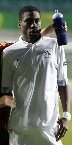 240px-Geoffrey_Kondogbia_-_Euro_U19_2012_%28cropped%29